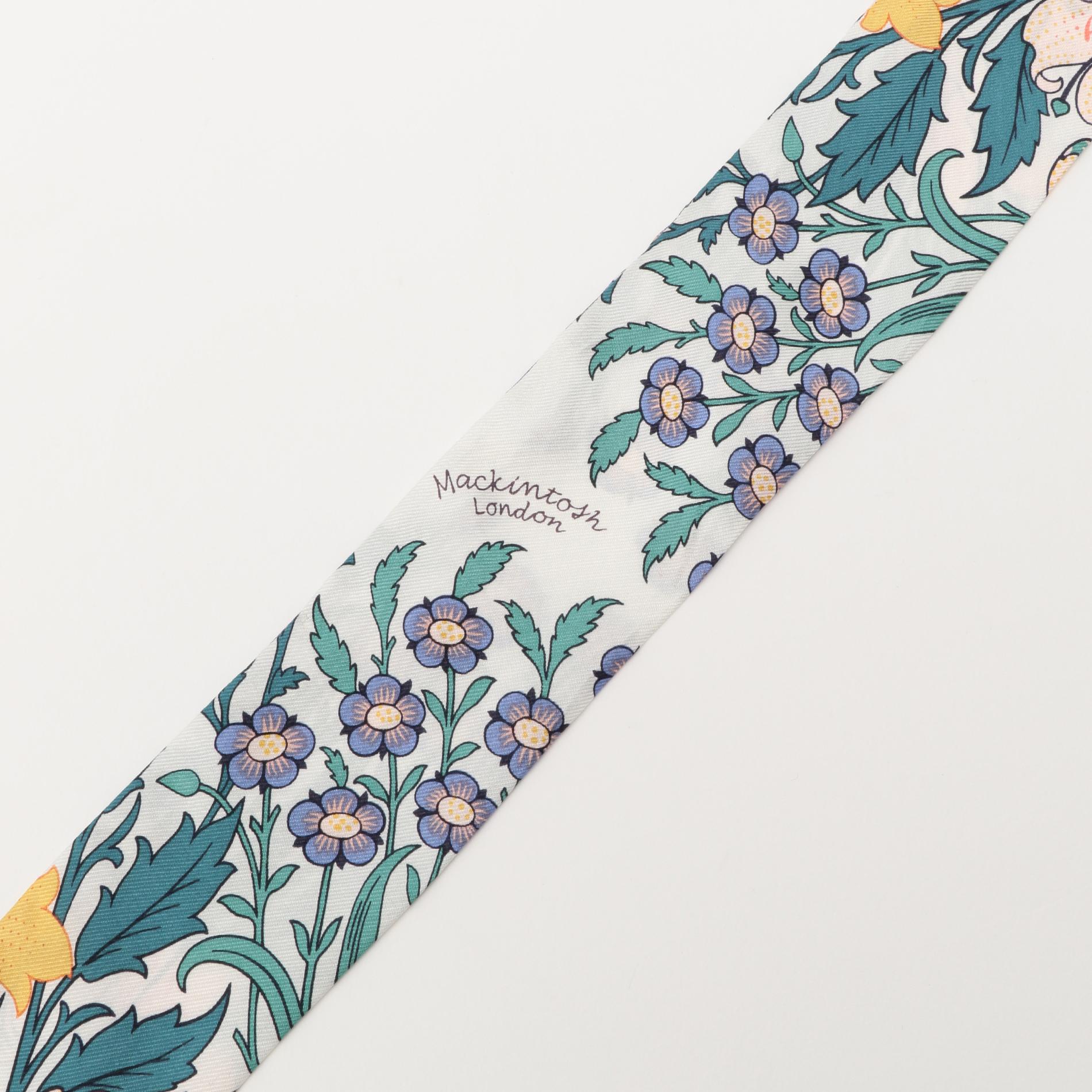 バイブリーナロースカーフ