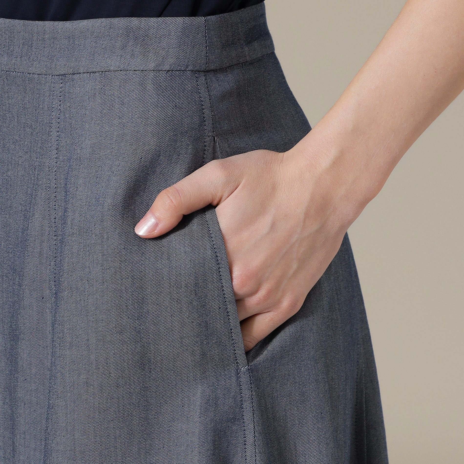 ペーパーデニムフレアスカート